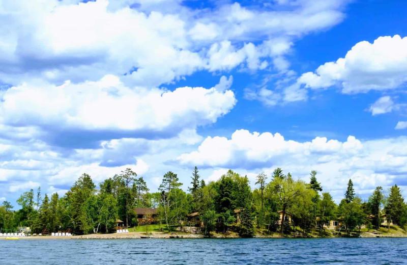 Exterior view of Little Norway Resort.