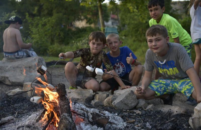 Campfire at Mo-Ranch.