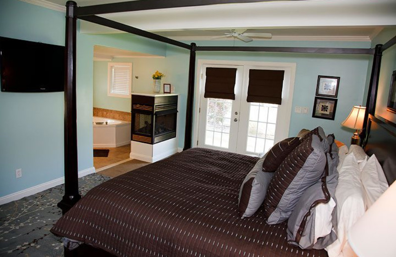 Guest room at Ligonier Country Inn.