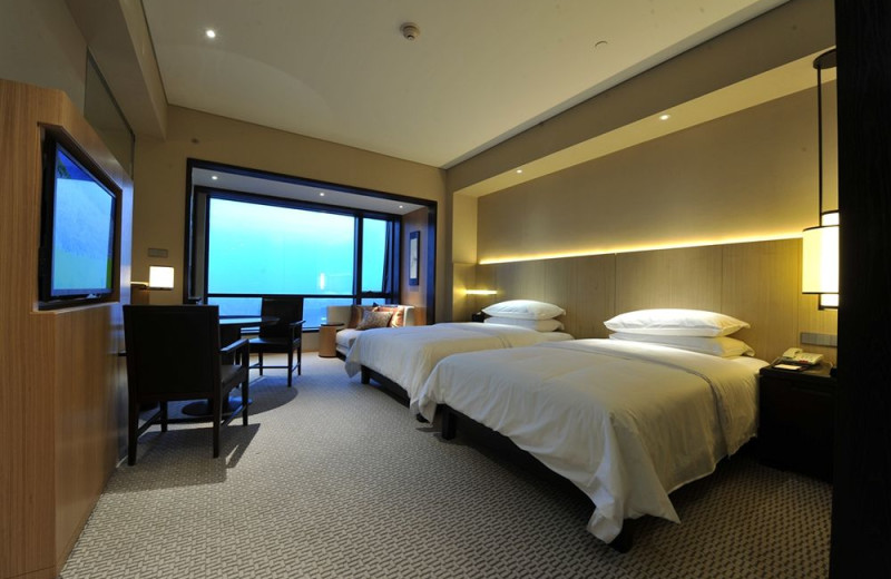 Guest room at Jinling Hotel.