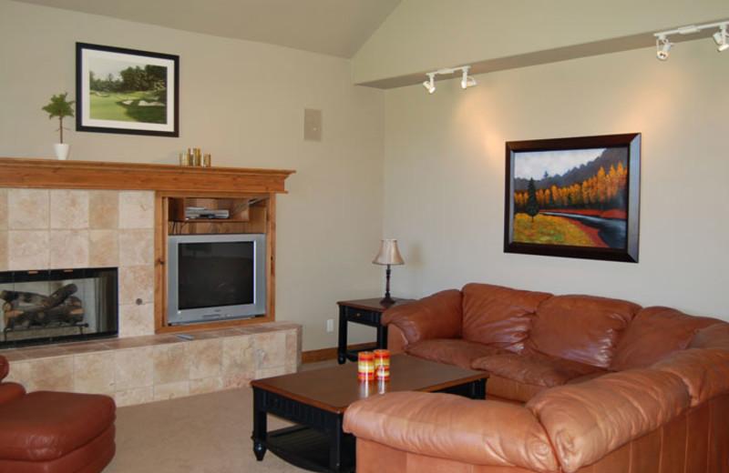 Rental living room at Utah Family Lodges.