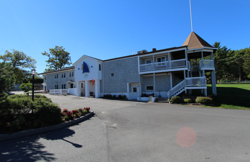 Exterior view of Atlantic Oceanside Hotel & Conference Center.