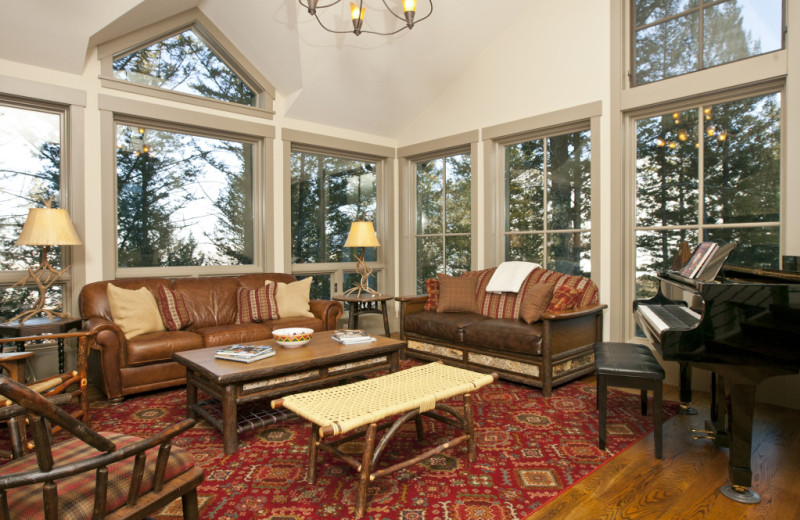 Vacation rental living room at Cabin and Company.