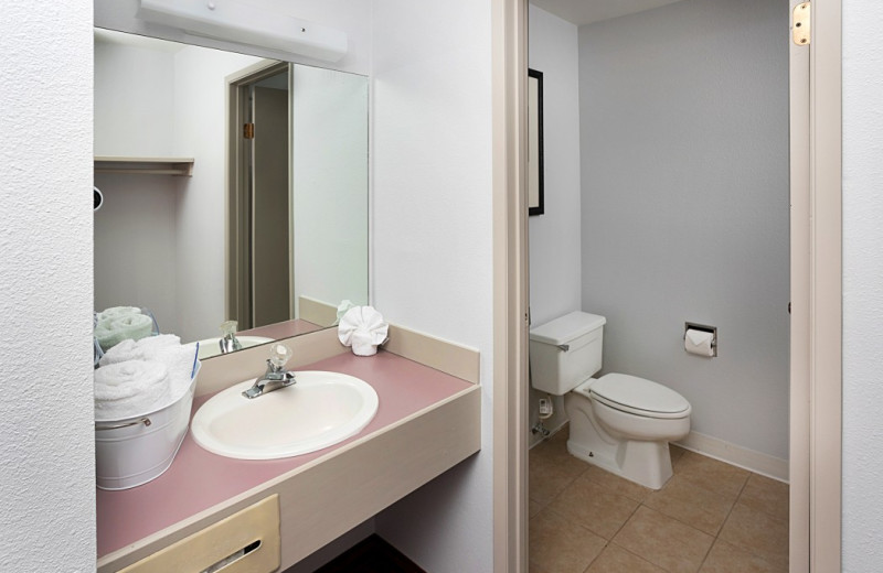 Guest bathroom at Ocean Breeze Hotel.