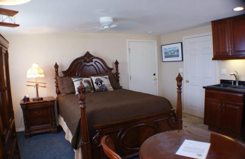 Guest room at Catalina Island Seacrest Inn.
