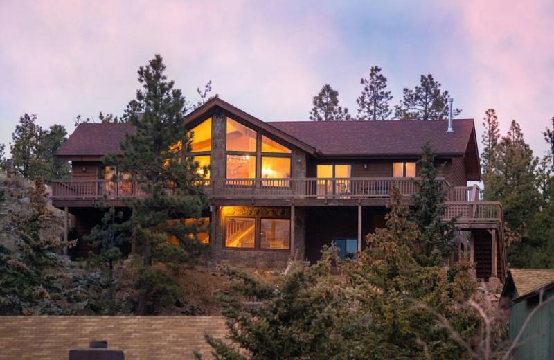 Cabin rental at Antler Ridge Cabins.