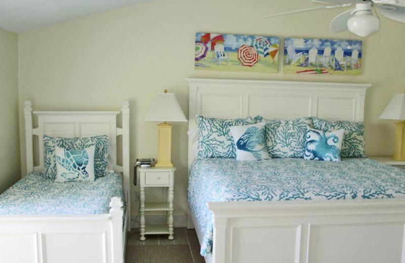Rental bedroom at Sunnyside Beach & Tennis Resort.