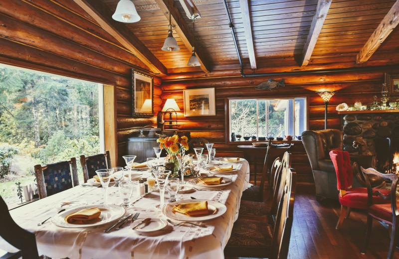 Dining room at Ocean Wilderness Inn