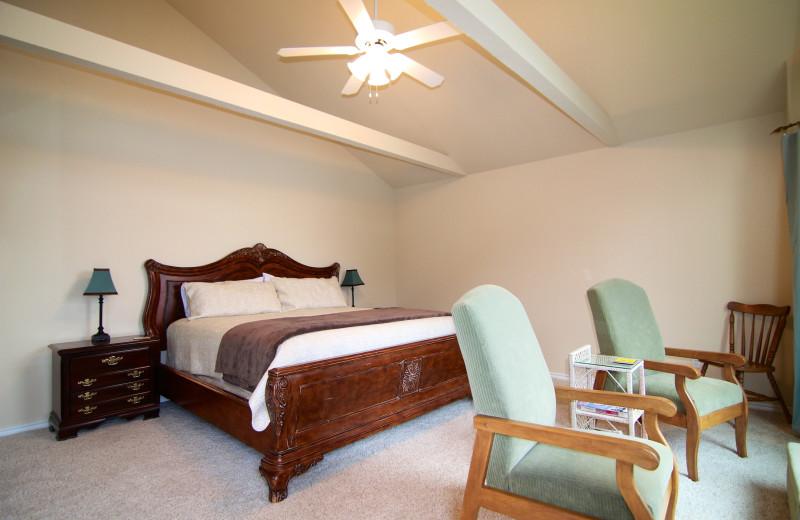 Bonnie Brae Lake LBJ Vacation Rental - 3/2, Sleeps 10