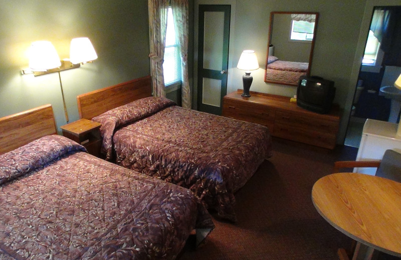 Interior View Wolff's Maple Breeze Resort