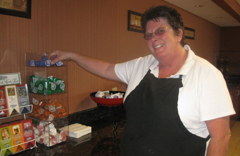 Breakfast Area at Ramada Wisconsin Dells