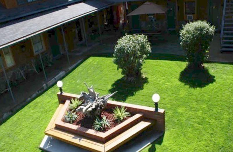 Courtyard at Cedar Wood Inn.