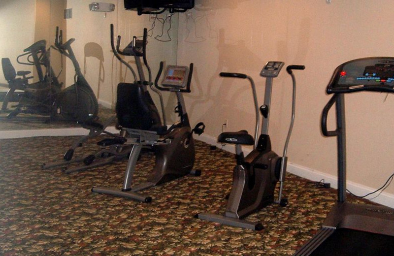 Fitness at Candlewood Suites - Stevensville.