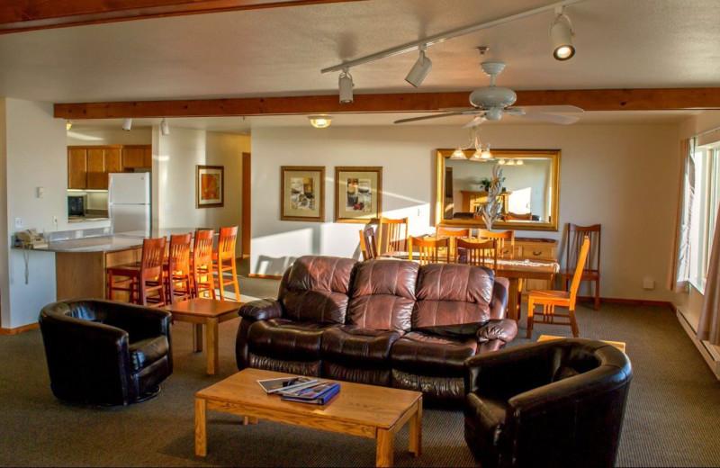 Guest suite at Adobe Resort.