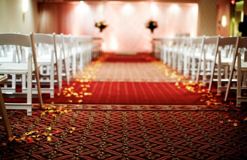 Wedding ceremony at Crowne Plaza Minneapolis.