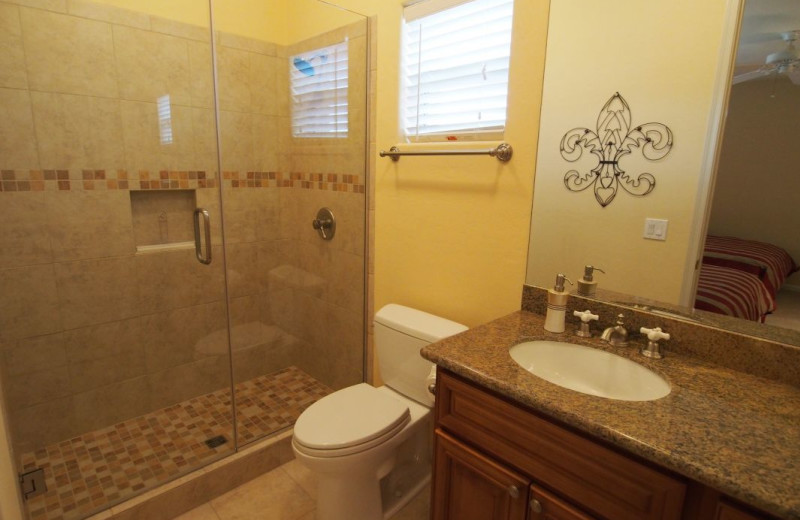 Vacation rental bathroom at SkyRun Vacation Rentals - Scottsdale, Arizona.