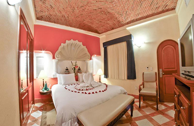 Guest room at Hacienda Vista Real Villas & Spa.