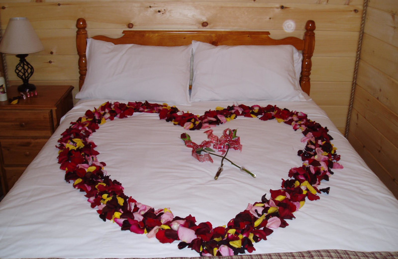 Cabin romance packages available at Country Road Cabins.