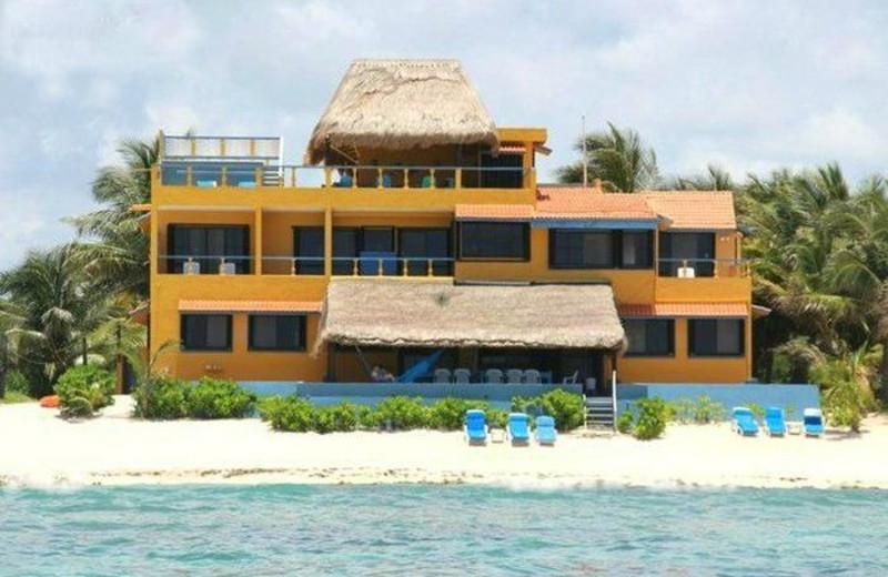Exterior view of Casa Caribena.
