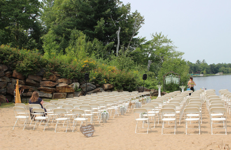 Beach weddings at Big Sandy Lodge & Resort.