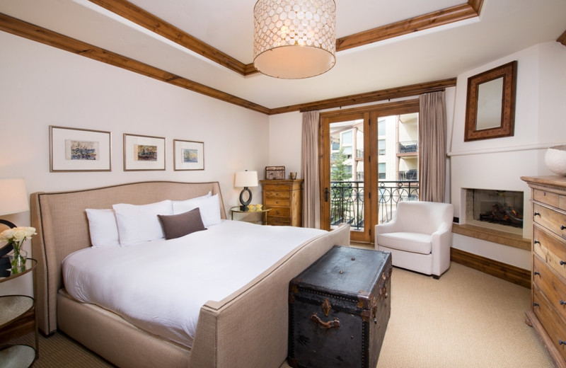 Guest bedroom at Arrabelle at Vail Square.
