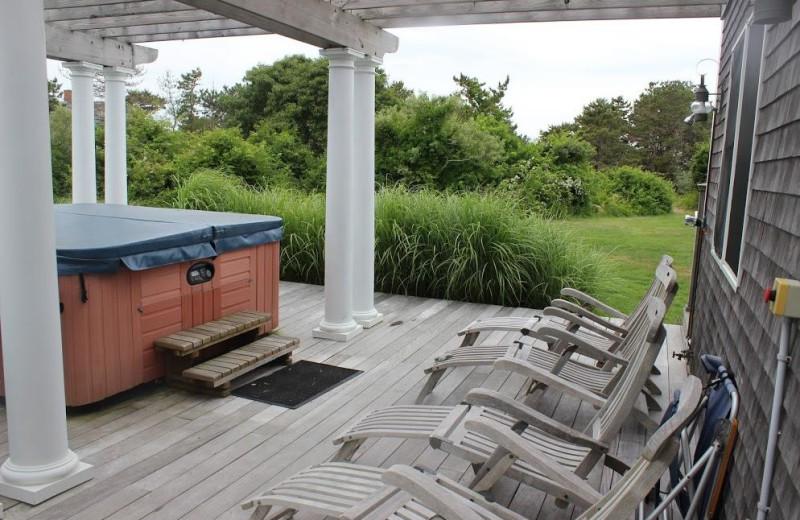 Hot tub at Winnetu Oceanside Resort.