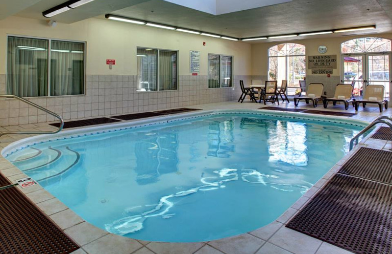 Indoor Pool at the Country Inn & Suites by Carlson