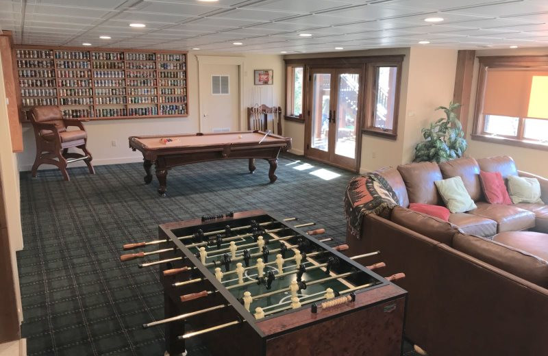 Rental recreation room at All Mountain Rentals.