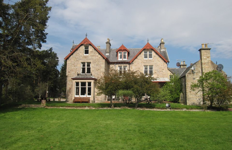 Exterior view of Dalrachney Lodge.