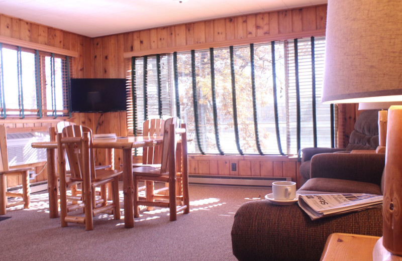 Cabin living room at Ruttger's Bay Lake Lodge.