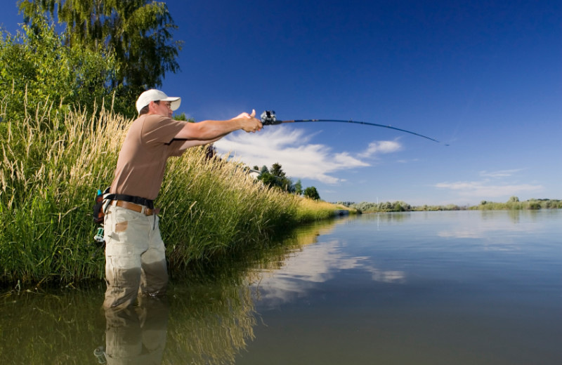 Great fly fishing at Fall River, just 15 minutes away. Great lake fishing at dozens of lakes within 30 minutes.