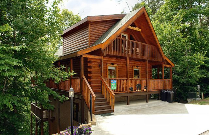Pigeon Forge Vacation Rentals Cabin Boulder Bear Lodge 355