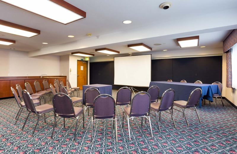 Meetings at Shilo Inn Suites Hotel Ocean Front Resort.