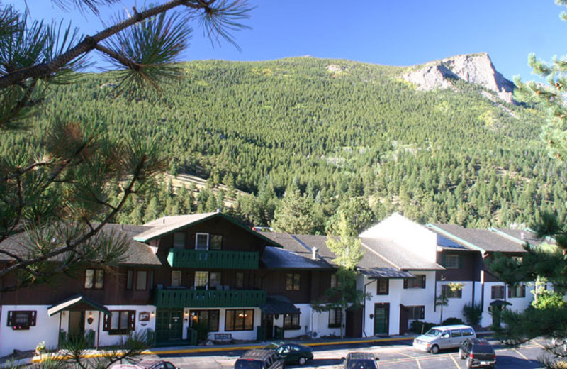 Exterior view of Fawn Valley Inn.