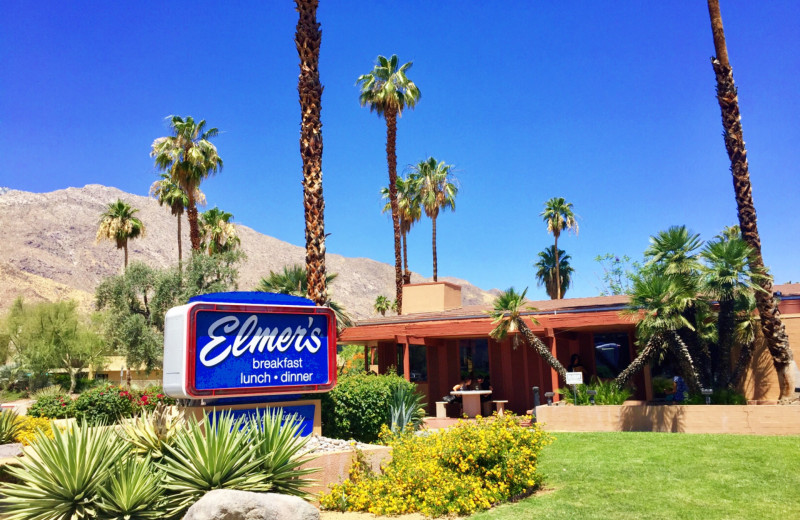 Dining near Padzu Vacation Homes - Palm Springs