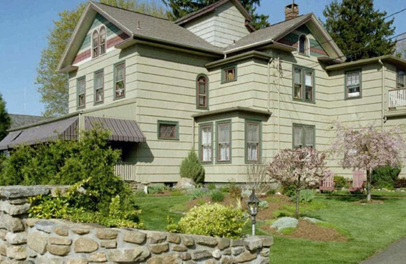 Exterior view of Westbrook Inn Bed and Breakfast & Cottage.