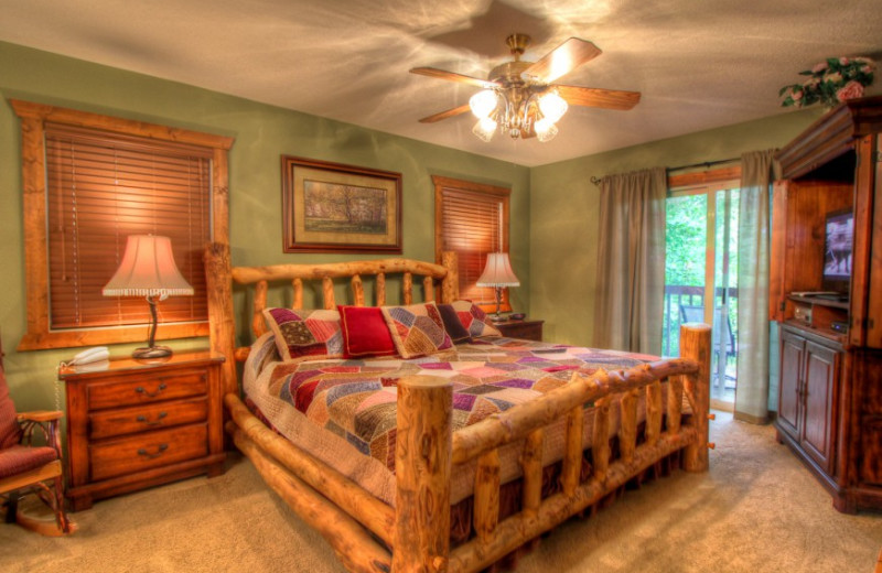 Rental bedroom at Auntie Belham's Cabin Rentals.