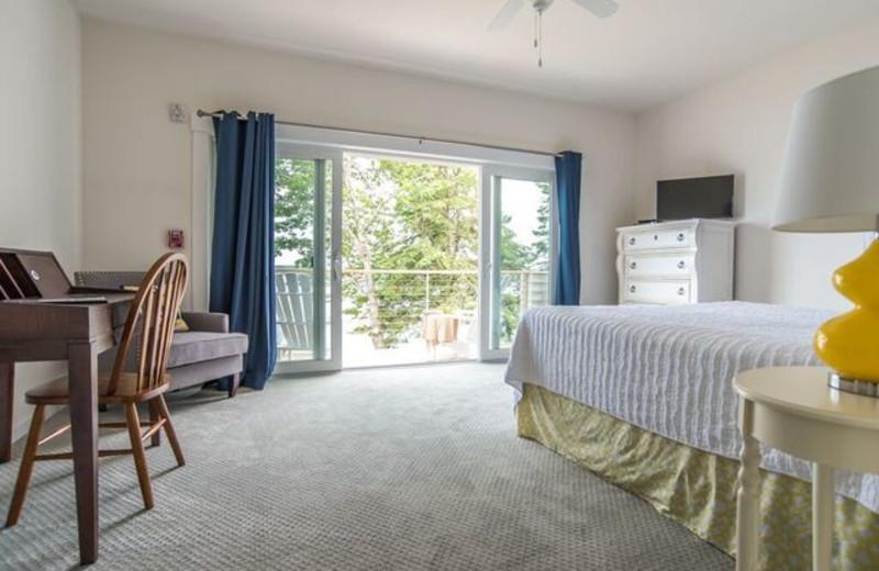 Guest bedroom at Linekin Bay Resort.