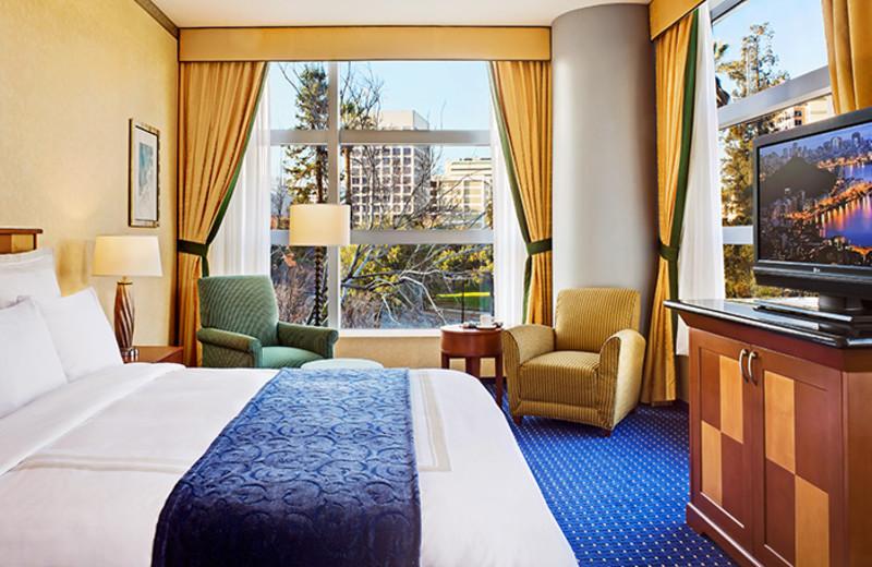 Guest suite at San Jose Marriott.