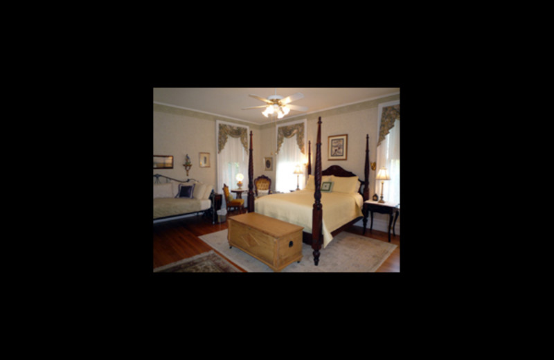 Guest room at Chancellor's House Bed.