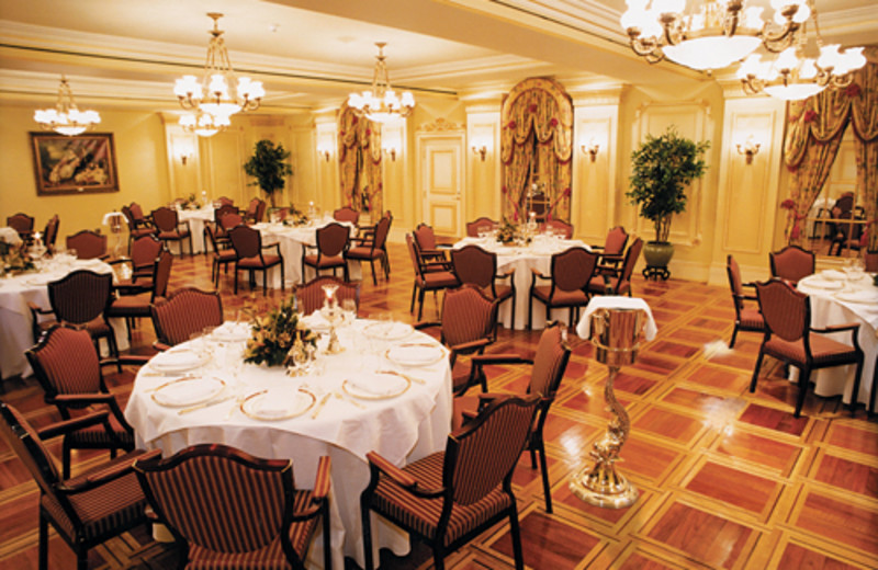 Dining tables at Prince of Wales Hotel,
