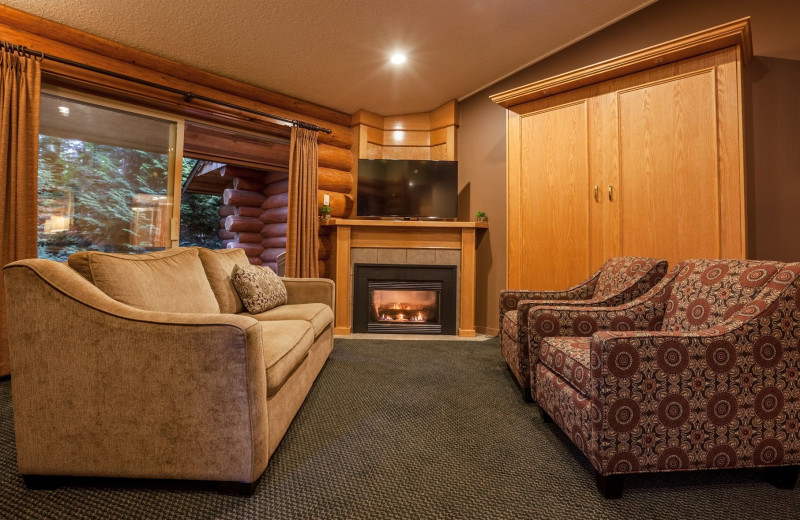 Cabin living room at Tigh-Na-Mara Resort.