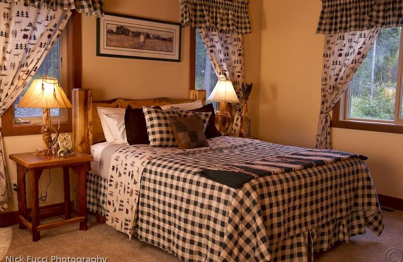 Guest room at The Great Bear Inn.
