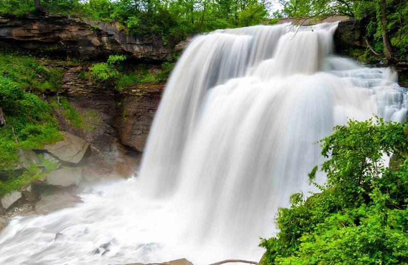Waterfall near Staybridge Suites - Stow.