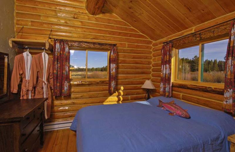 Mountain Creek cabin bedroom at Bar N Ranch.