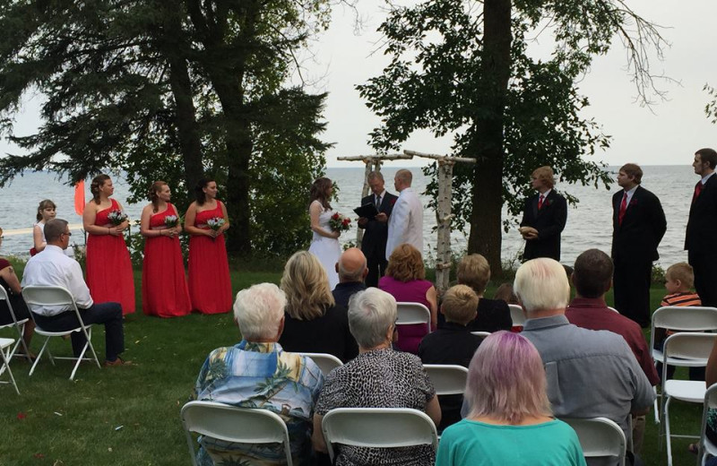 Weddings at The Red Door Resort.