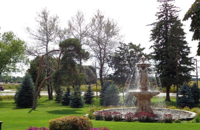 The grounds at Elm Hurst Inn & Spa.