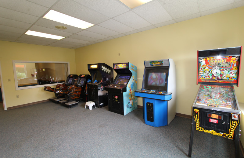 Video arcade at The Lodge at Lincoln Station.
