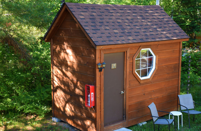7 cabins total, each has a queen bed, mini fridge and outdoor seating. Perfect for Outdoor Living!