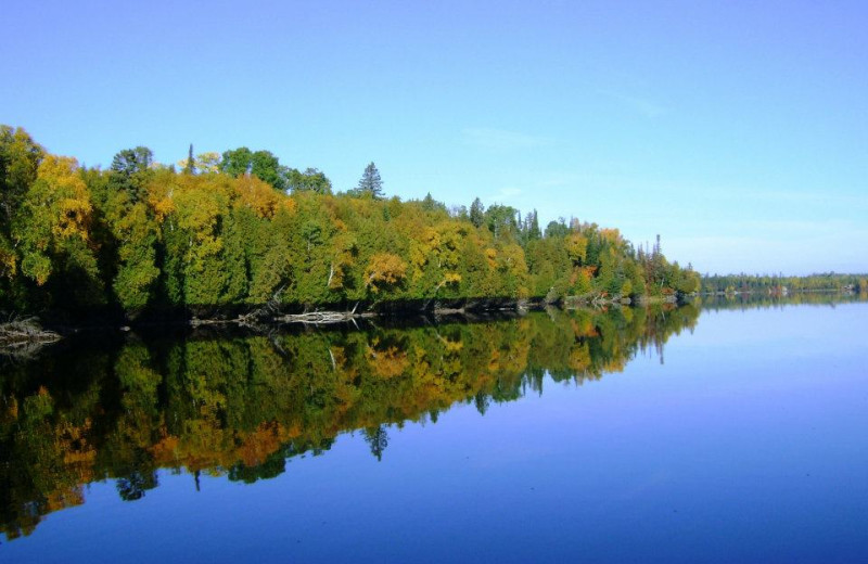 The lake at Timber Bay Lodge & Houseboats.